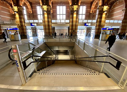 PHS Amsterdam Centraal Station (PACS)